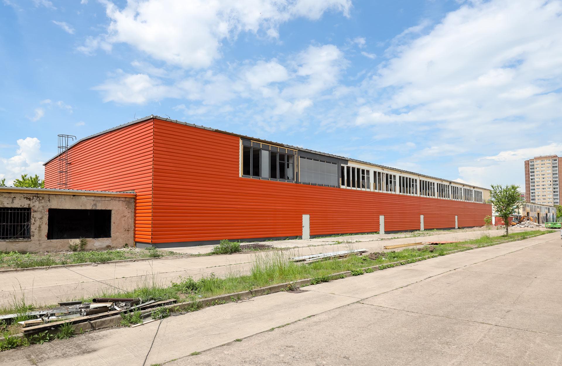 Gewerbehallen mit individuell gestaltbaren Grundrissen zur Vermietung